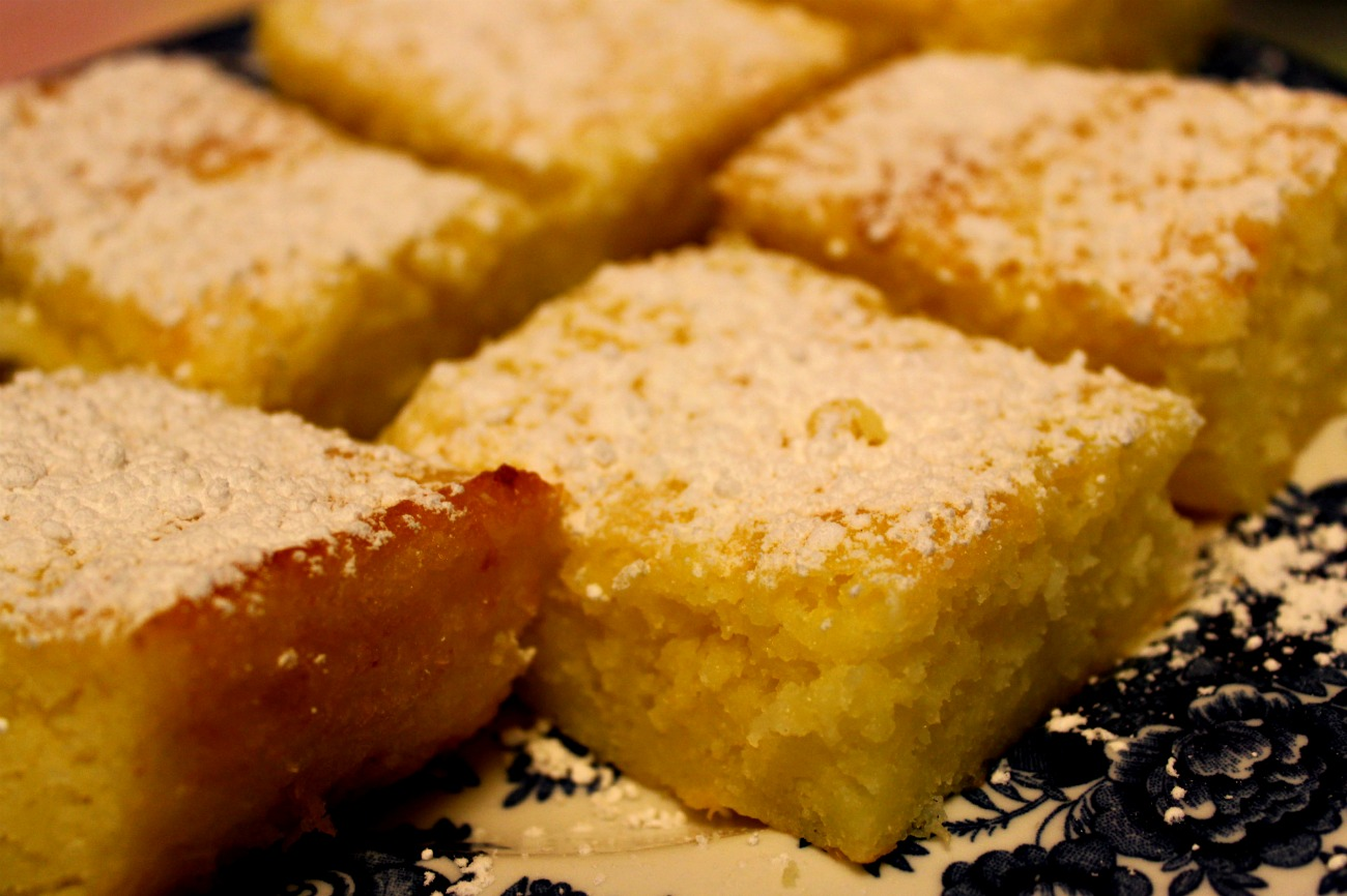 Lemon Bars With Lemon Cake Mix And Pie Filling