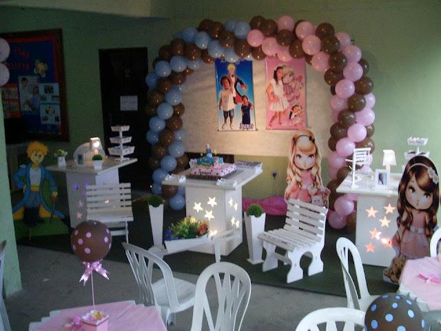 decoração provençal com o tema da Julie e o Pequeno Principe