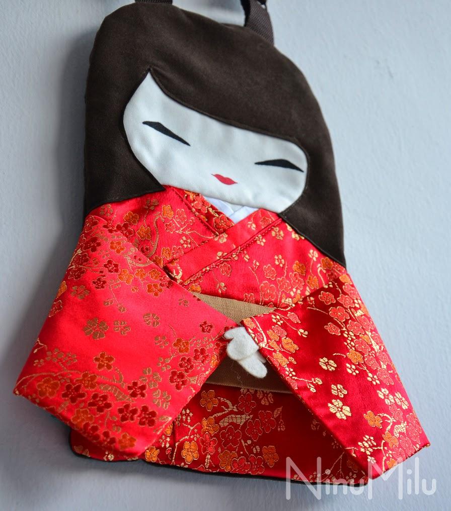 Lalka torebka japonka.