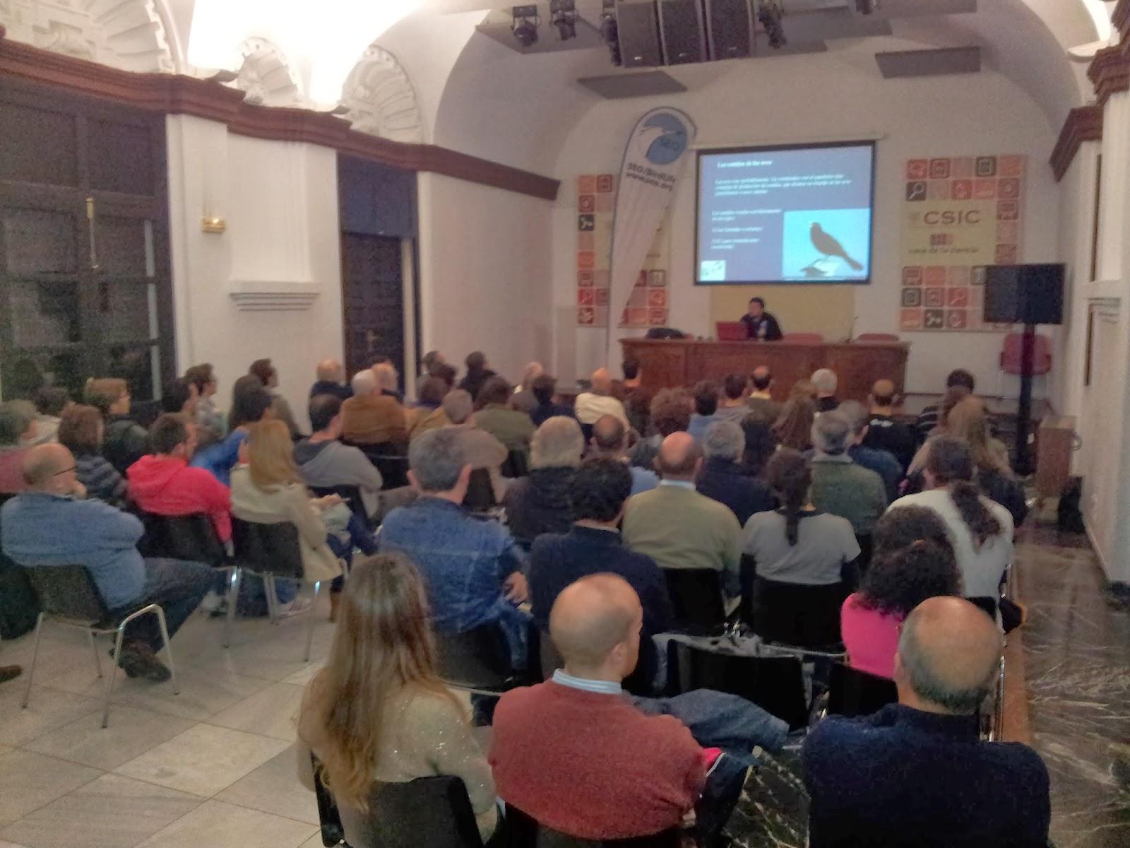 """Conferencia """"Identificación de las aves por sus cantos"""". Por Carlos Molina (SEO/BirdLife) en el ciclo Martes Ornitológicos que el Grupo Local SEO-Sevilla organiza en el Museo Casa de la Ciencia de Sevilla"""