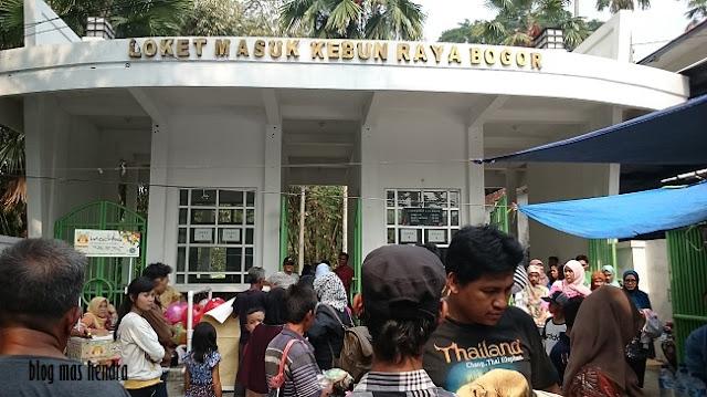 Penampakan Pintu Masuk 2 Kebun Raya Bogor - Blog Mas Hendra