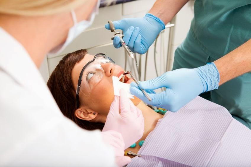 chirurgiczne leczenie zęba