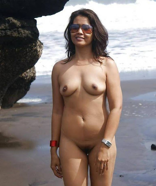 Indian Aunties hot fucking mood Wallpaper Nude Indian Girls and Bhabhi Pictures