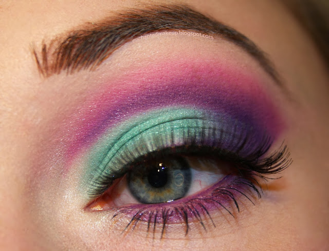 http://enchantedmakeup.blogspot.co.uk/2014/01/sleek-snapshots-palette-look.html
