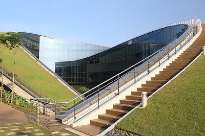 تصميم مدرسة الاعلام والفنون تصميم خارجي مدرسةسنغافورة تصاميم مدارس كبيرة هندسة