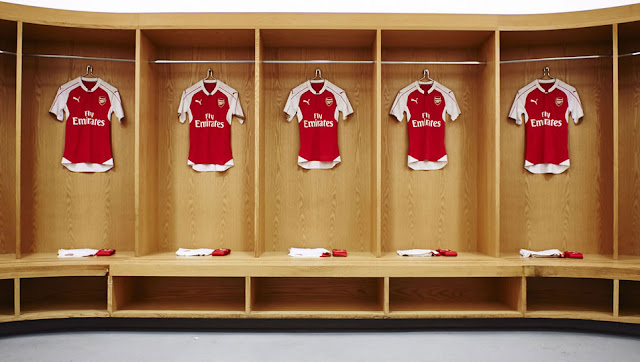 2015/16 Arsenal Home Jersey - available on www.prosoccer.co.za