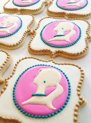 I am so thrilled to see my cookies on the Amy Atlas blog today in the guest .