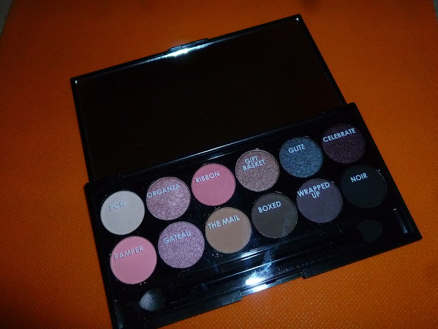 http://www.sleekmakeup.com/eyes/shadows/i-divine