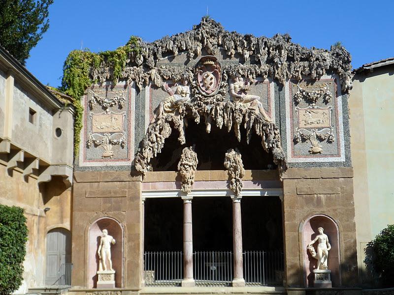 Grotto at Pitti PalacePitti Palace Grotto