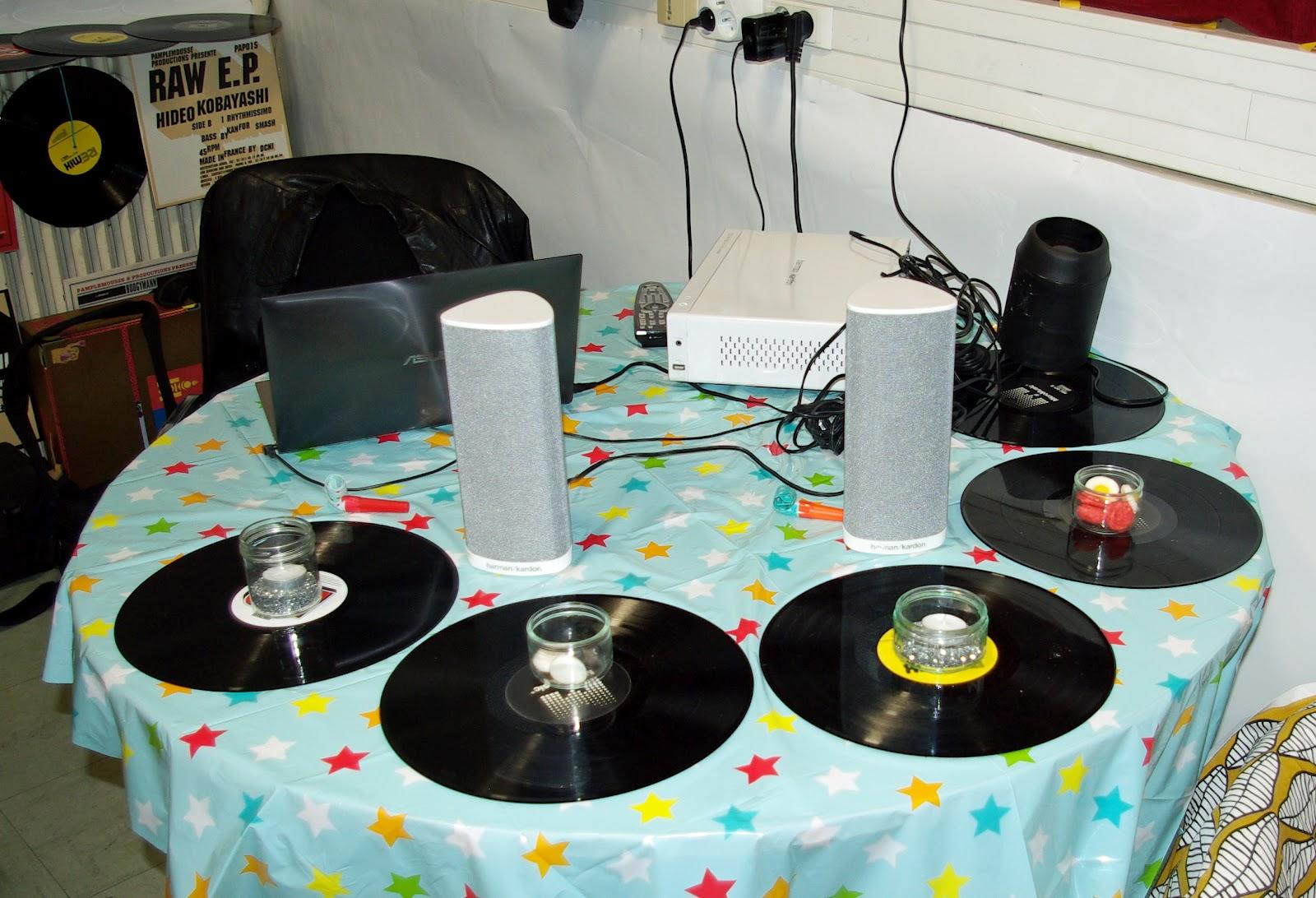 Pitch et bulle une d coration de mariage moindre frais - Deco avec disque vinyl ...