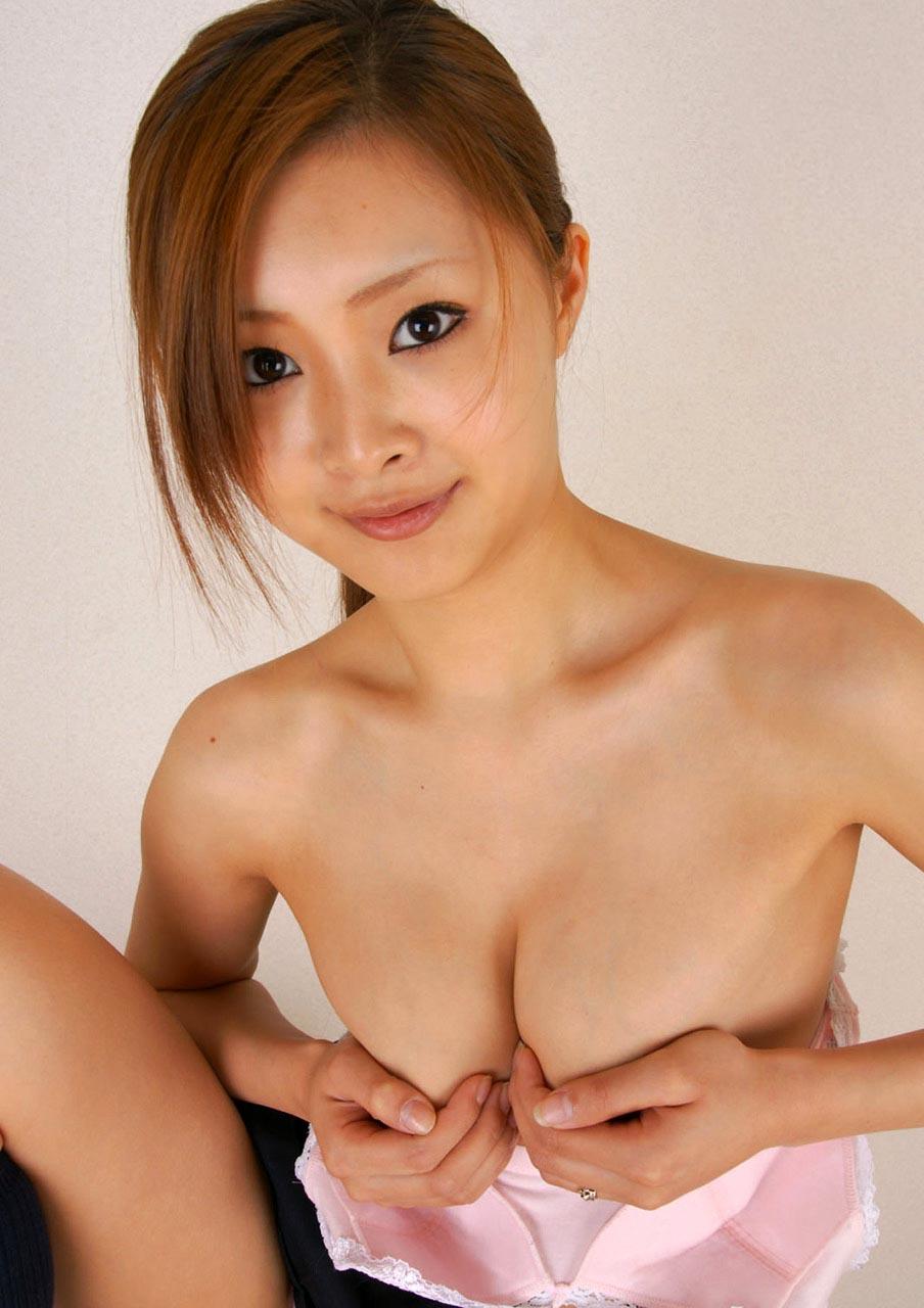 sexy suzuka ishikawa boobs photos 03