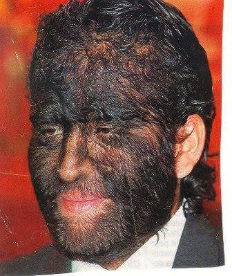 La máscara para los cabellos para el tratamiento de los cabello