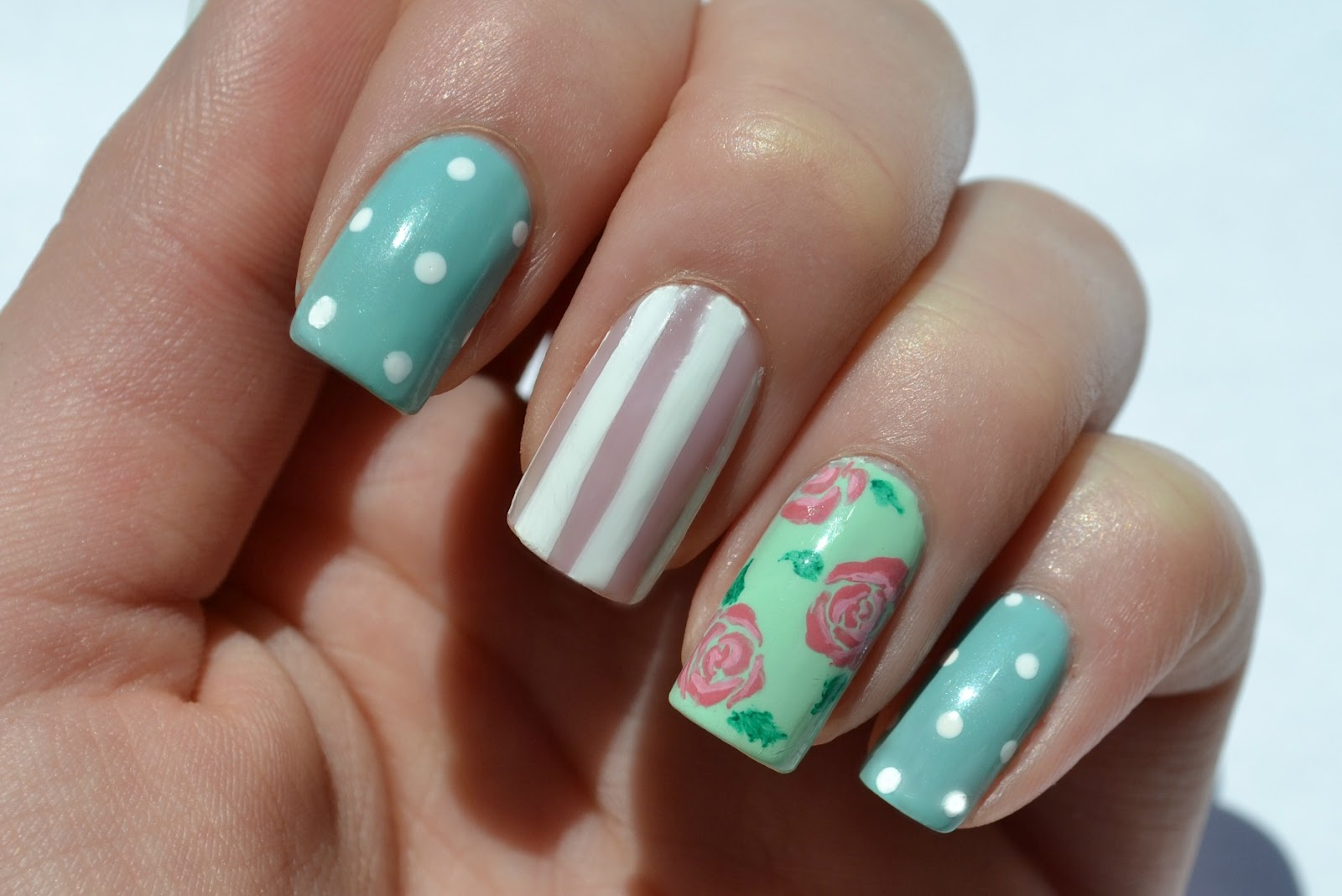 Starfish On The Beach Vintage Inspired Nails