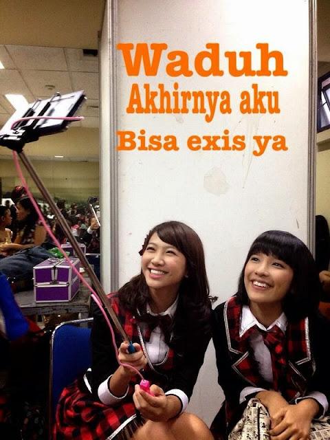 Shania dan Beby JKT48 foto selfie