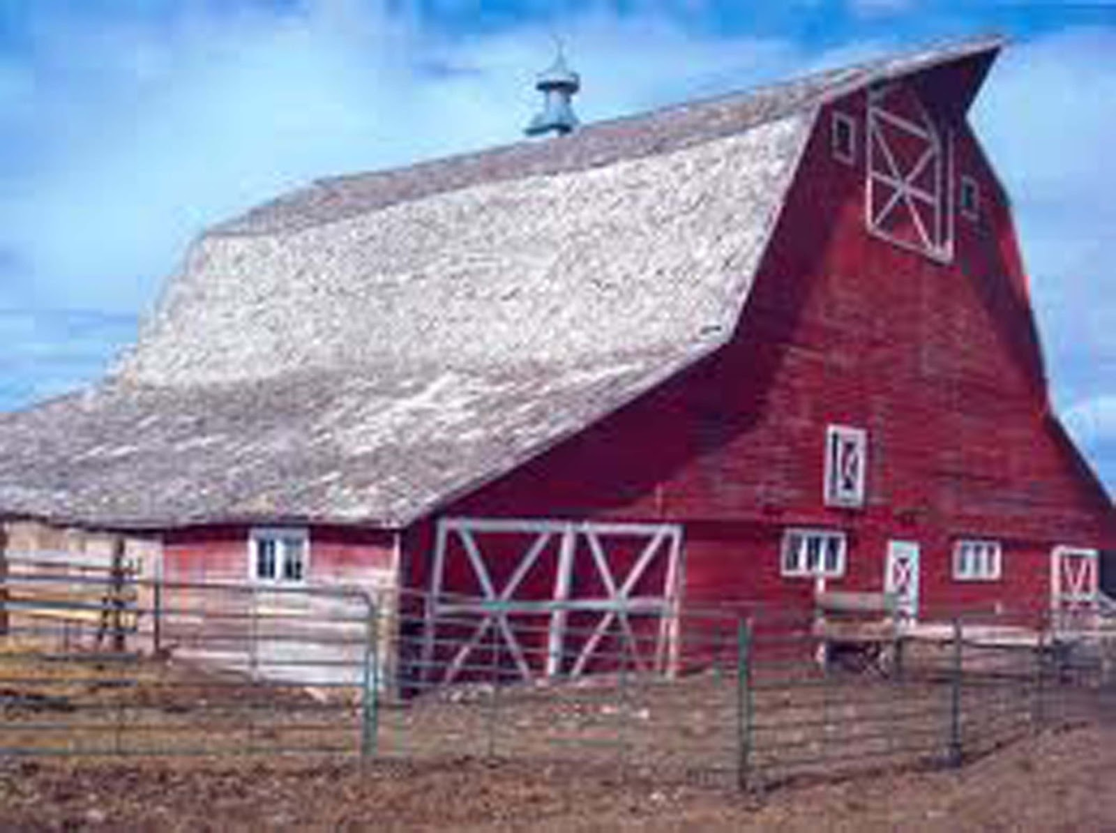 Billy Chicago's Daily Moment Of Zen: Why Are Barns Red?