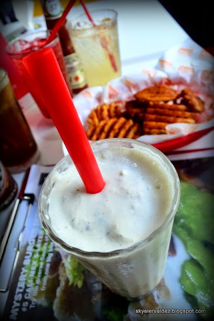 Super-Thick Chocnut Milkshake - Burger Comapny