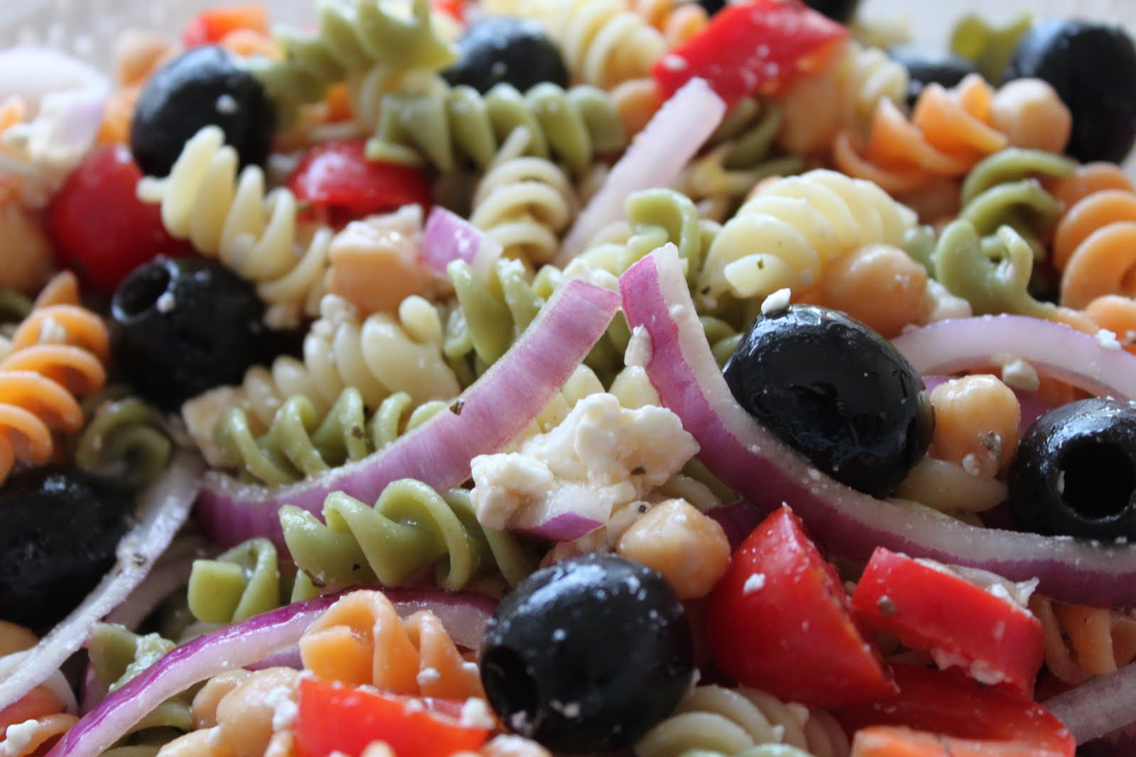 Greek Pasta Salad | Meatless Meals for Meat Eaters