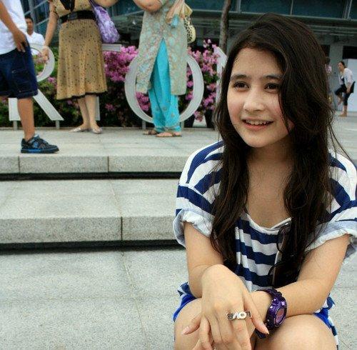 Profil biodata twitter lengkap Prilly Latuconsina pemeran Yumi.