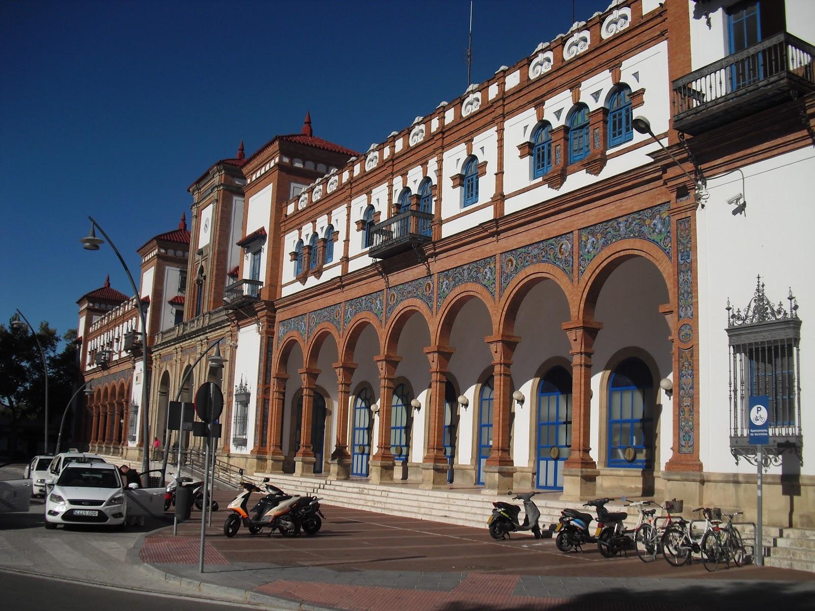 Club ferroviario jerezano estaci n de ferrocarril de jerez for Azulejos jerez de la frontera