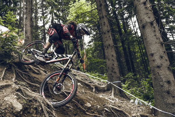 2015 Leogang UCI World Cup Downhill: Qualifying Josh Bryceland