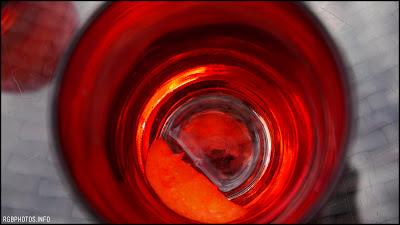 Fotografia di bicchiere con crodino