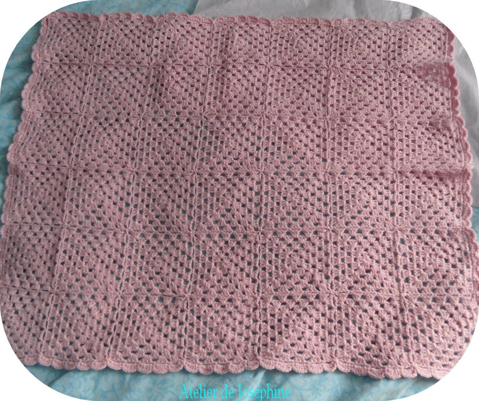 Toutes nos crochets une couverture b b en granny et cachemire - Carre crochet pour couverture bebe ...