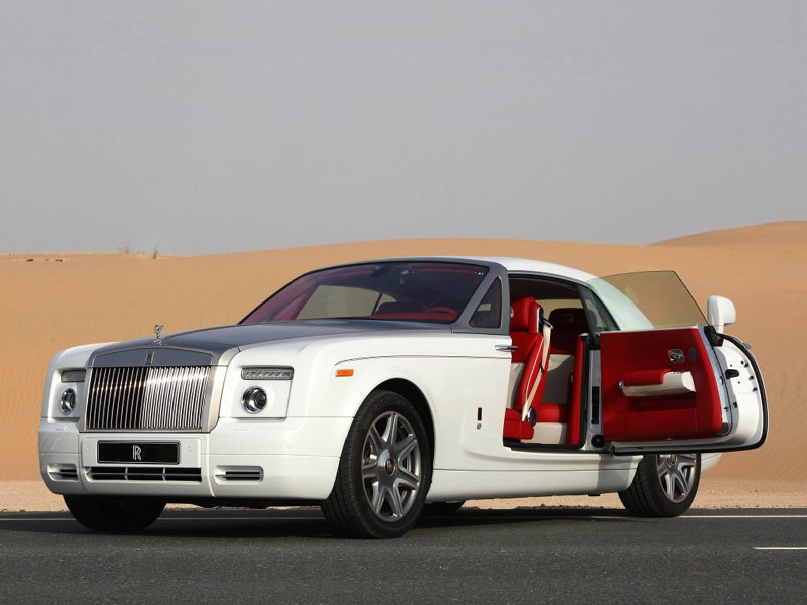 Wallpapers rolls royce phantom coupe car wallpapers for Rolls royce auto