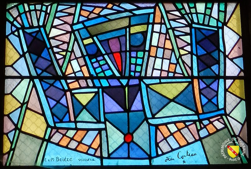 http://patrimoine-de-lorraine.blogspot.fr/2014/09/metz-57-vitraux-de-jean-cocteau-saint.html