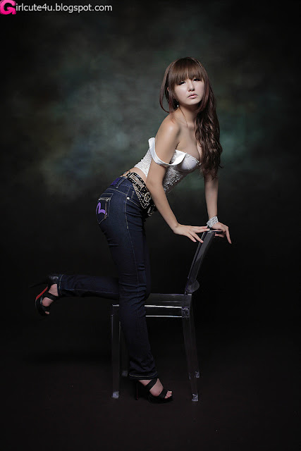 Ryu-Ji-Hye-Lace-Corset-Camisole-07-very cute asian girl-girlcute4u.blogspot.com