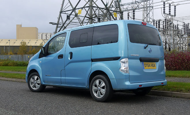Nissan e-NV200 rear view