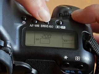 tips setting kamera nikon d3000 lengkap,cara setting kamera nikon d3200,cara setting kamera nikon d90,harga kamera nikon d3000,harga kamera nikon d3000 baru,harga kamera nikon d3000 bekas,