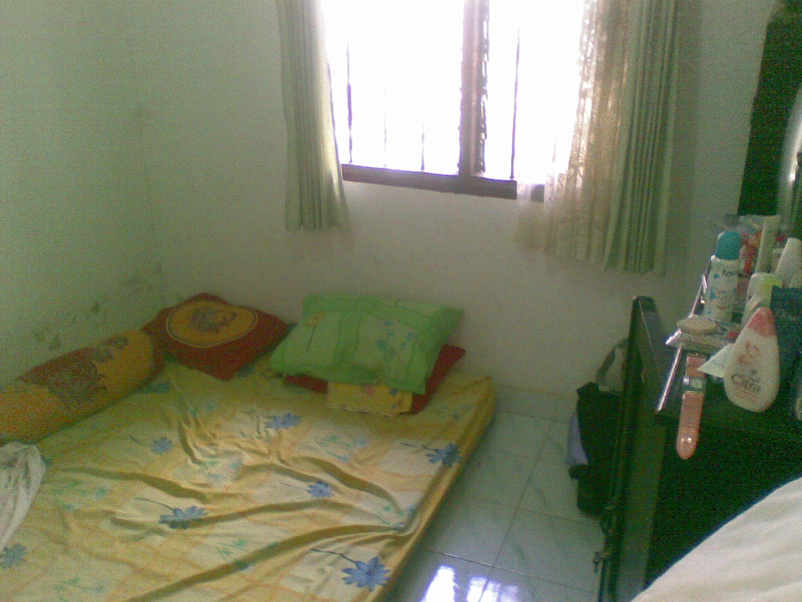 kamar tidur anak kost sederhana | sobat interior rumah