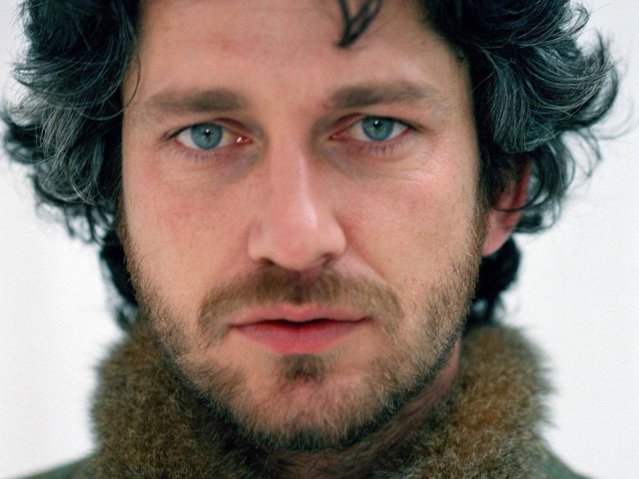 Beautiful Hairy Men: Gerard Butler Gerard Butler 2016