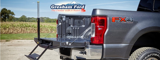 2017 Ford Super Duty Tailgate Step available at Gresham Ford