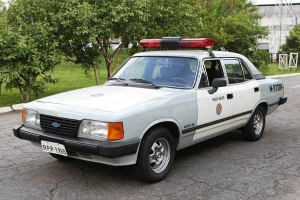 28f54510c71 TRÊS HISTÓRIAS DE CARRO DE POLÍCIA - AUTOentusiastas Classic (2008-2014)