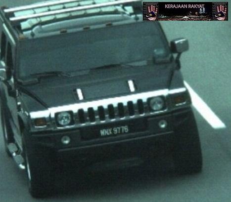 Hummer hitam WNX 9776 ini dianggarkan berharga lebih RM459,000