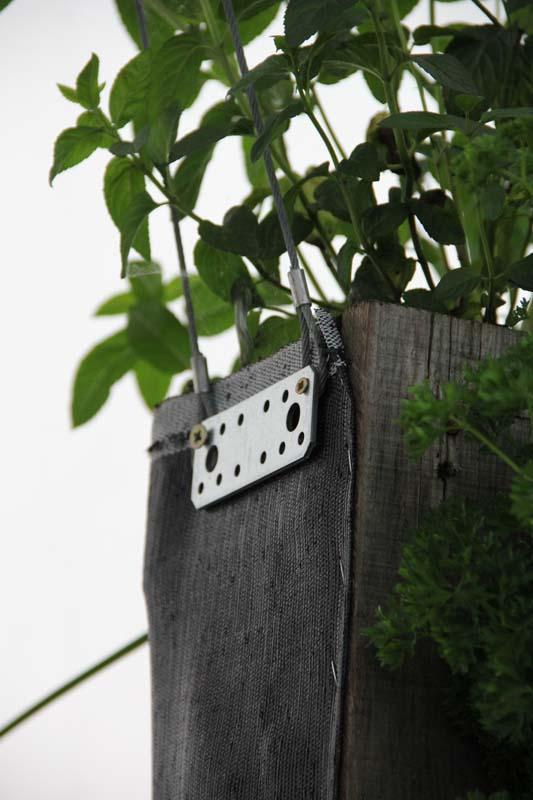 mein balkon ungew hnliche pflanzgef e vertikale g rten. Black Bedroom Furniture Sets. Home Design Ideas