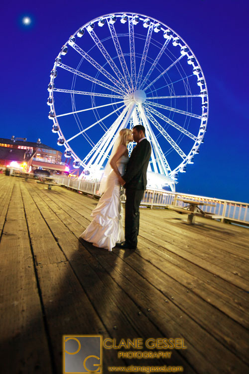 seattle great wheel wedding photography ferris wheel