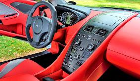 Interior Mobil Aston Martin Vanquish Indonesia_2