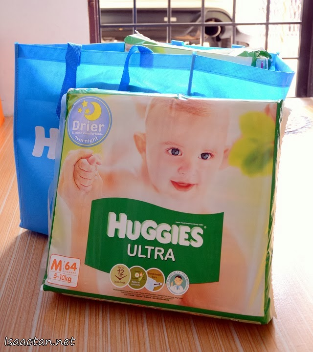 The four packs of Huggies Ultra bought from their booth at the 7th Maternity & Children Expo 2014 @ Midvalley