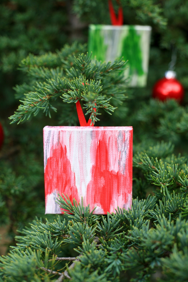 DIY Mini Canvas Christmas Ornaments