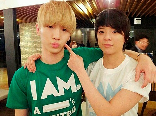 Because of You, I'm Going Crazy - amber amberliu key keyber romance shinee - main story image