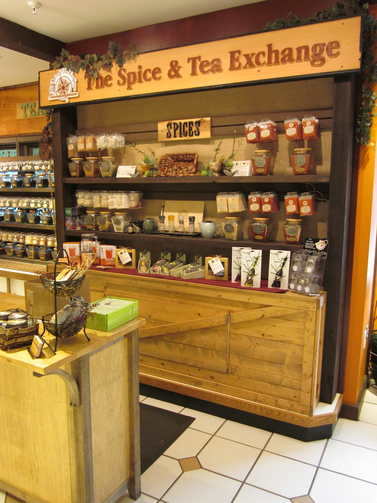 mickey u0027s pantry at downtown disney review tips from the disney