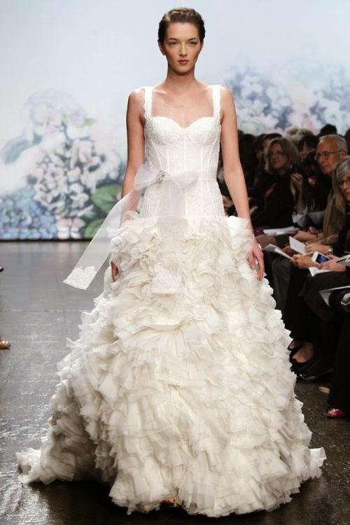 Collection robes de mari e monique lhuillier hiver 2012 for Monique lhuillier robes de mariage