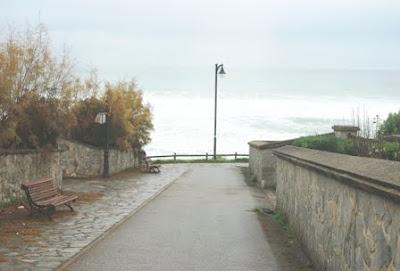 Caravia, playa de La Espasa, urbanización