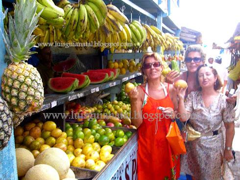 Nuestras Frutas Son Deliciosas...Te Apetece Una ?