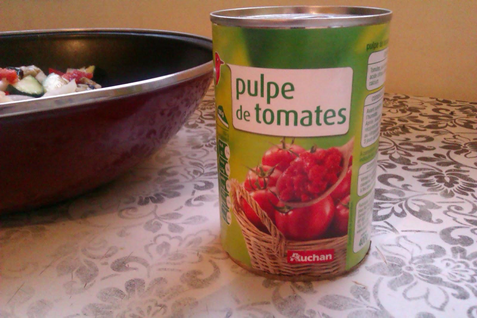 Boîte de puple de tomate
