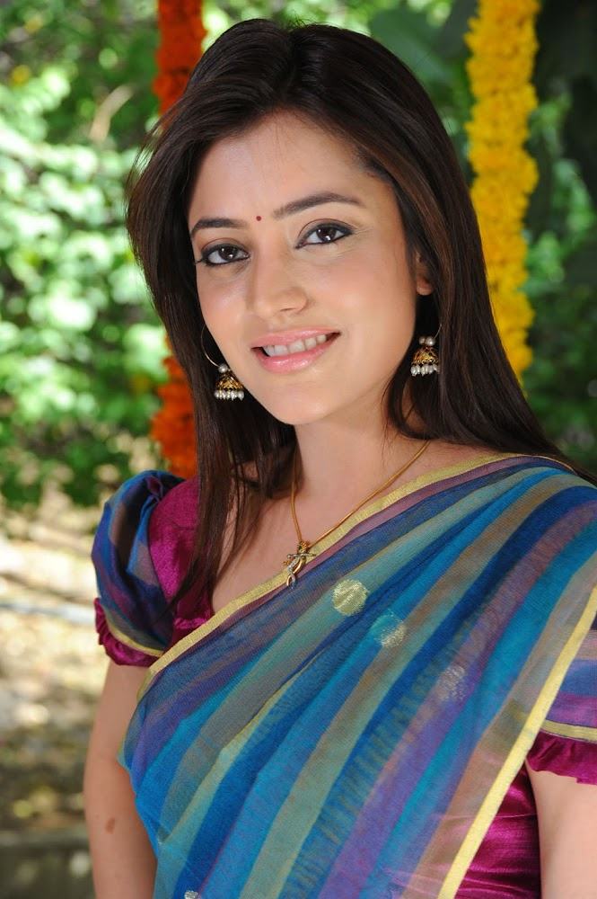 Actress Kajal Agarwal Sister Nisha Agarwal Hot And Cute Sexy Navel HD Images