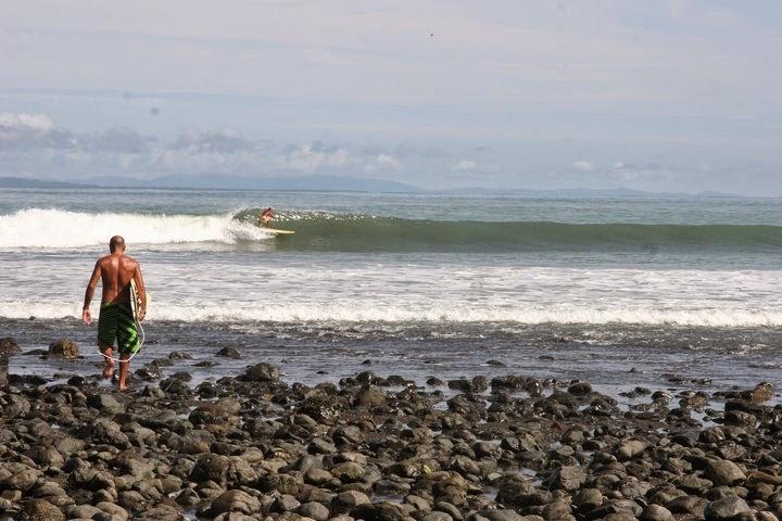 Un surf paradise de Costa Rica en Pavones