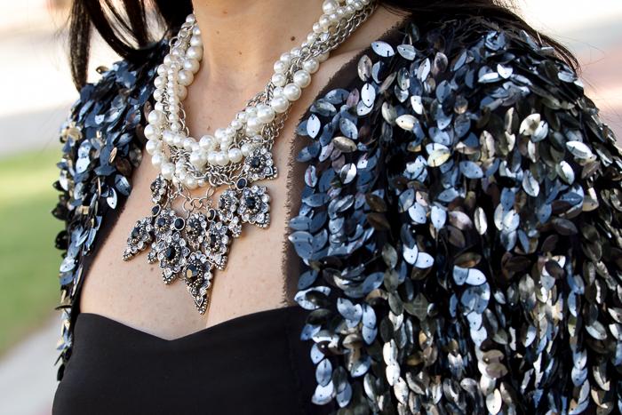 Complementos maxi collar de Zara estilo gótico